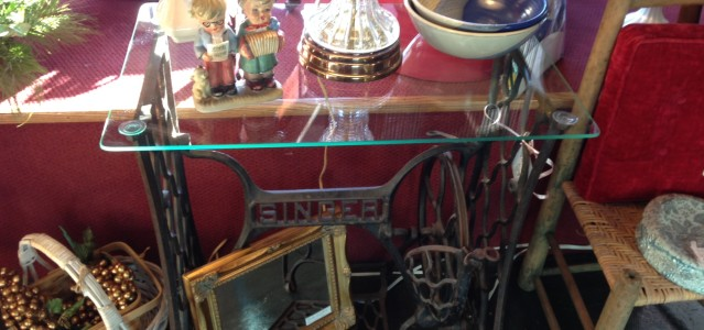 Table Side Singer Sew Machine