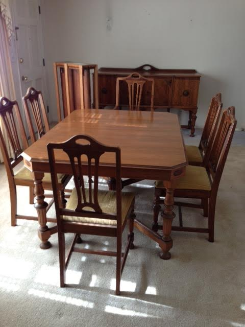 Vintage Dining Table by Rockford Furniture
