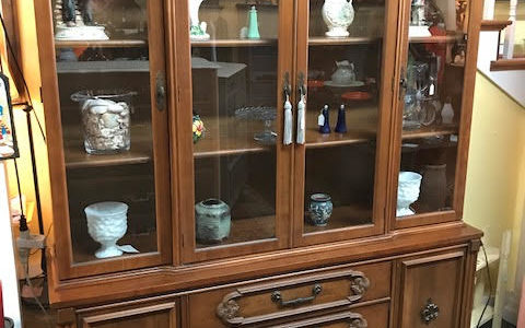 China Cabinet Bassett Furniture Dishes Dining