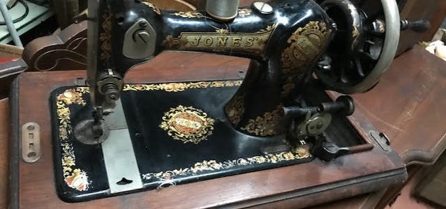Hand crank sew sewing